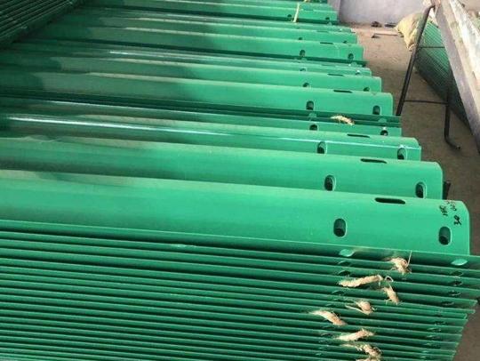 环氧锌基波形护栏