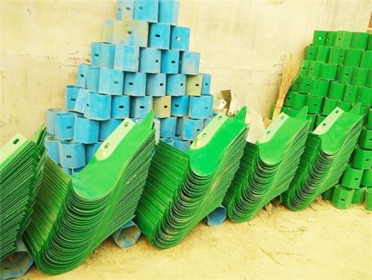 西藏波形护栏端头